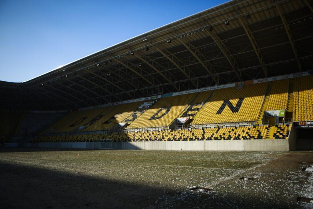 Leeres Stadion von Dynamo Dresden